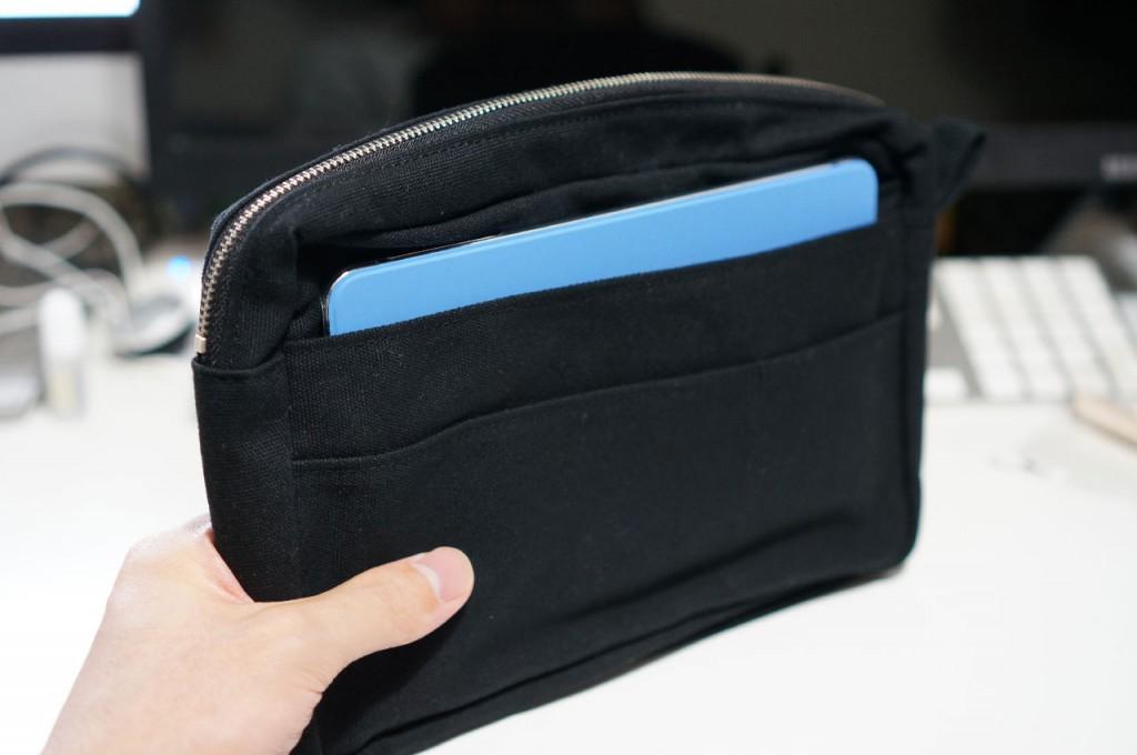 【iPad mini】7インチタブレットを持ち歩くのにピッタリなバッグ・イン・バッグを買ってみた!