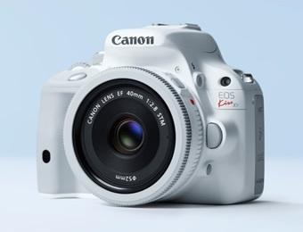 Canonから冬にぴったりな真っ白ボディのEOS KissX7が登場!ガッキーのCMが可愛い!