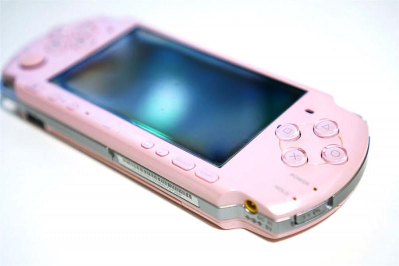 さよならPSP…!PSPの国内出荷が終了!10年間お疲れ様(`;ω;´)