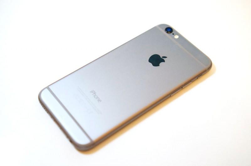 iPhone6がキター!!!!!実機レビュー!これは過去最高のフォルムかもしれない!