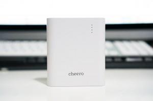 iPadやiPhoneを急速充電!Ankerの『20W 2ポート USB急速充電器 Dual-Port Wall Charger』がやってきた!