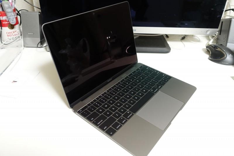【新型MacBook】MacBook12インチ・1.3Ghz・USキーボードがキタ━━━━(゚∀゚)━━━━!!フォトレビュー!
